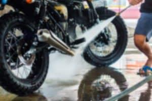A cosa serve il detergente universale per la moto!
