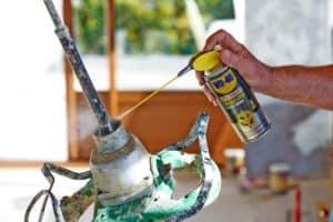 A cosa serve il grasso spray a lunga durata?