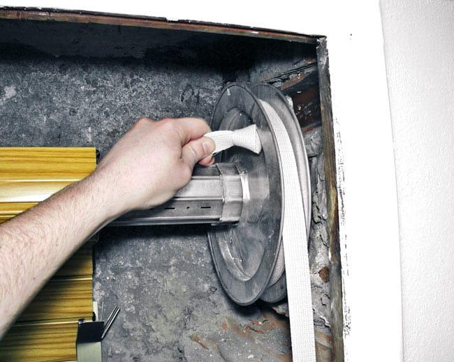 Guide di scorrimento delle tapparelle: lubrificazione corretta