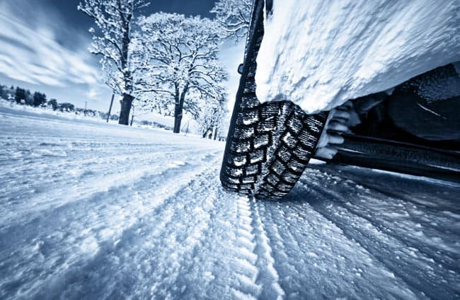 Manutenzione autoveicoli in inverno: cosa bisogna fare?