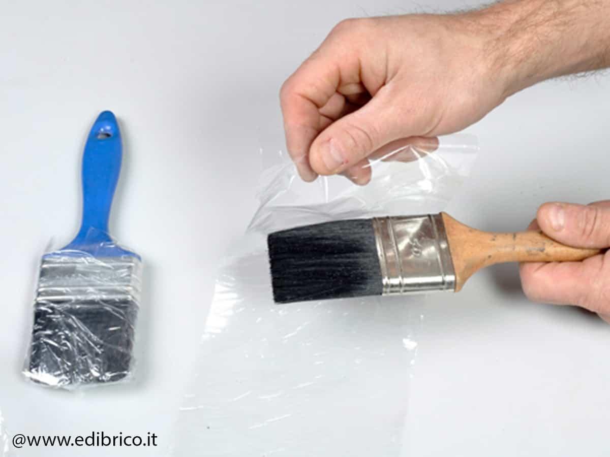 Come pulire pennelli in modo efficace?